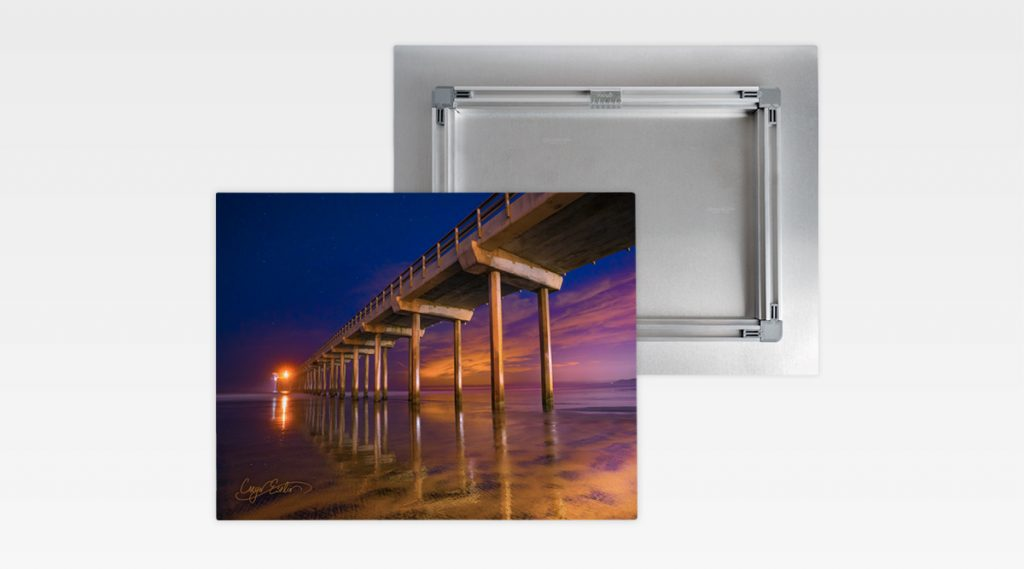 Gallery Frame Stand Out Mount